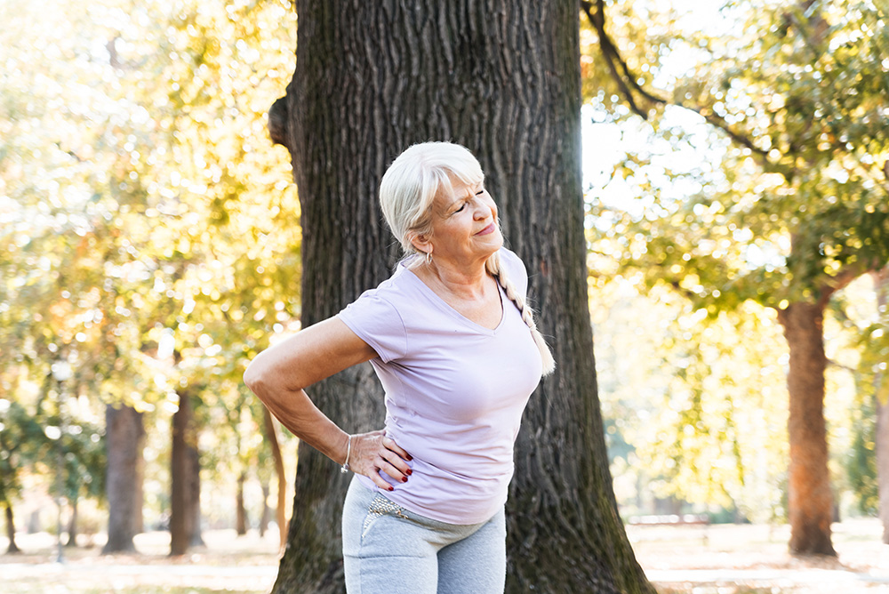 Elderly lady having hip pain