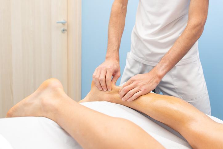 Achilles tendinitis under treatment