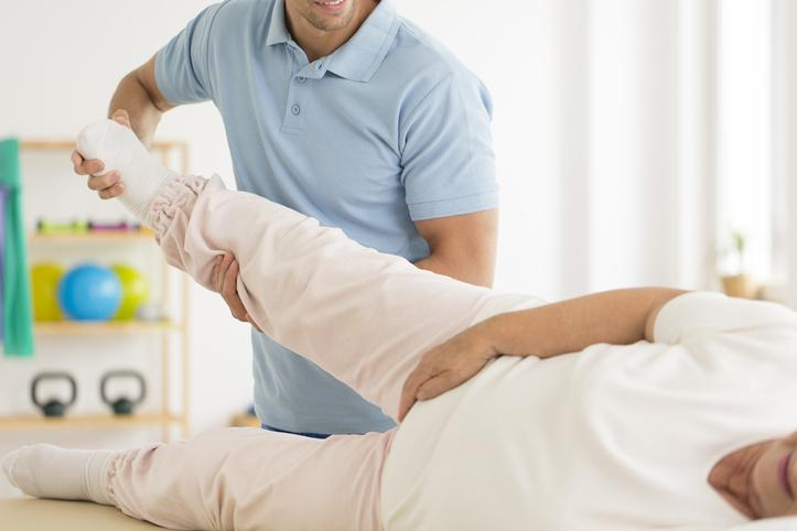 Physiotherapy treatment to hip arthritis